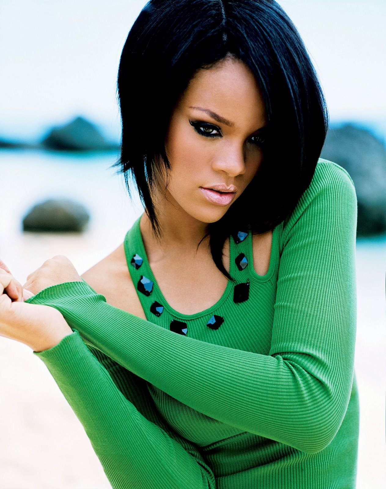 rihanna � essence magazine photoshoot sweet celebrity